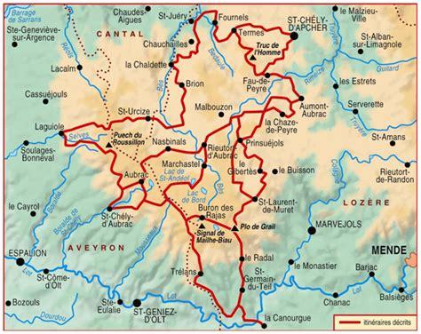 tour des monts d aubrac transport pour les chemins de randonn 233 e du massif central