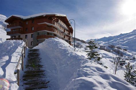 les chalets de l adonis 25 les menuires location vacances ski les menuires ski planet