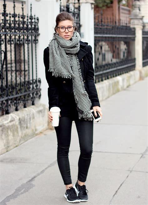 Shoe Trend   Black and white sneakers u0026gt; Shoeperwoman