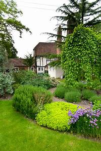 Cool 50+ Farmhouse Garden Design Decorating Inspiration Of