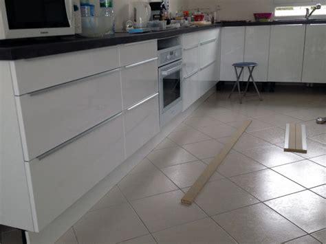 plinthe meuble cuisine ikea la cuisine est terminée enfin presque ma maison phenix