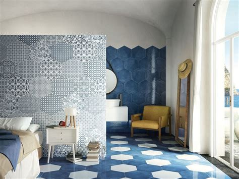 pavimenti in maiolica gres porcellanato esagonale stile maiolica oltremare