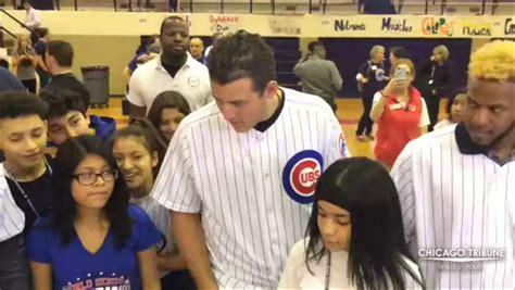Cubs visit Northwest Middle School - Chicago Tribune