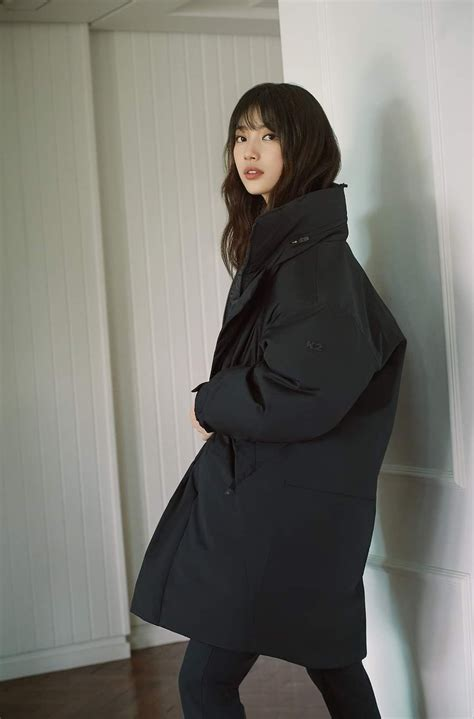 She is a south korean actress and singer, she is known by the mononym suzy. ボード「Suzy」のピン