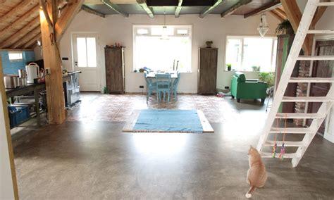 Betonnen Gietvloer Keuken by Gietvloer Stijlvolle Gietvloeren Voor Woning Bedrijf