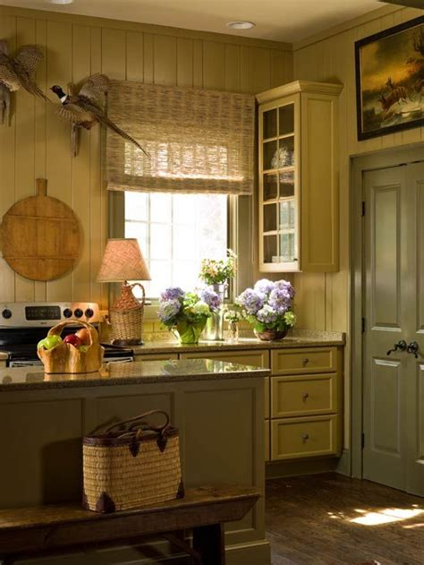 country kitchen color ideas 38 best two tone kitchen cabinets images on