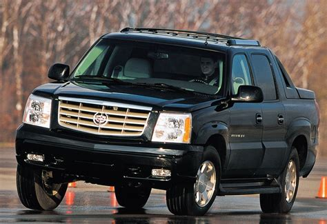 motor repair manual 2002 cadillac escalade on board diagnostic system 2002 cadillac escalade ext gm s top shelf transfo hemmings motor news