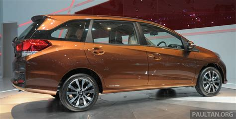 Honda Mobilio Image by Honda Mobilio Details And Live Gallery Of The Mpv