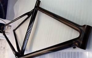 Cadre velo cycliste personnalise raymond planchat for Photo peinture salon 2 couleurs 8 cadre velo cycliste personnalise raymond planchat