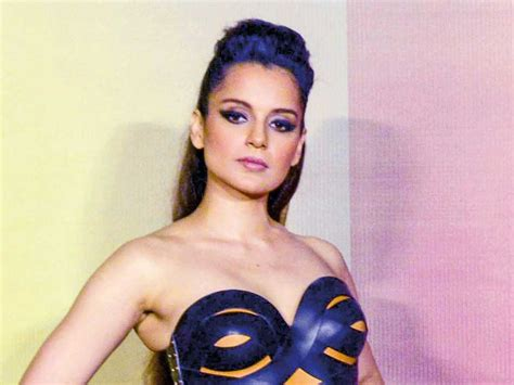 Sonu Nigam Slams The Nepotist Gang And Helps Kangana Ranaut