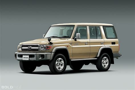 2015 land cruiser 2015 toyota land cruiser 70 series limited edition images