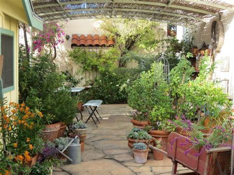 Best 25+ Sunflower House Ideas On Pinterest Gardening