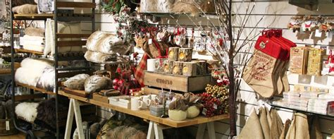 top  places  buy christmas gifts  broadway cotswolds