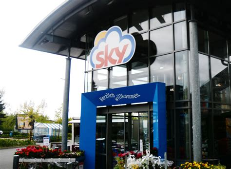 sky wird rewe auch stormarner filialen werden umbenannt