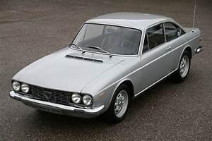 Lancia Flavia Cabriolet : curbside classic 1967 69 lancia flavia coupe rare classical artefact ~ Medecine-chirurgie-esthetiques.com Avis de Voitures