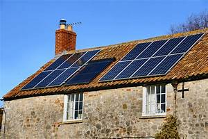 ventilateur solaire pour maison - equiper sa maison de panneaux solaires avantages et inconv nients amenagementmaison