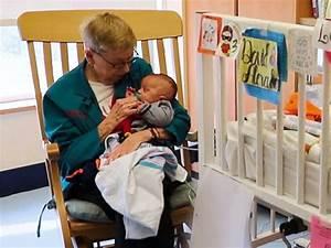 Meet the woman known as the 'Grandma Cuddler' - ABC News