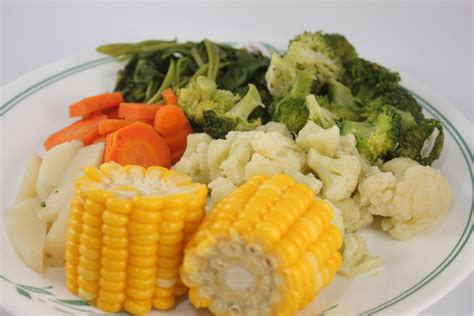 how to steam cauliflower 4 ways to steam vegetables wikihow