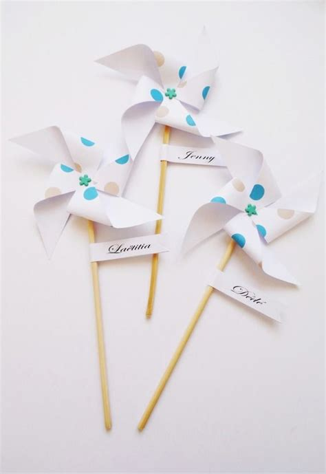 deco de table communion fille 17 best ideas about marque place on mariage hochzeit and wedding lanterns