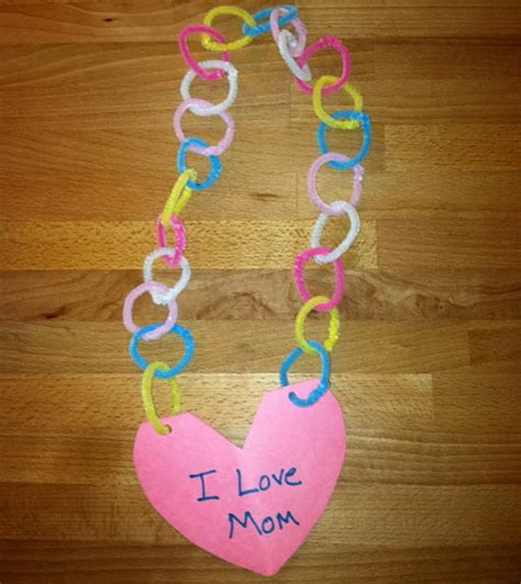 80 cool pipe cleaner crafts hative 778 | 20 craft for mothers day