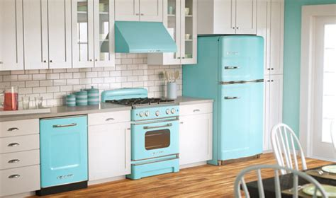 A Round Up Of Vintage / Retro Styled Appliances-nest