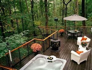 Neue gelander fur terrasse und balkon aus holz for Whirlpool garten mit geländer balkon metall