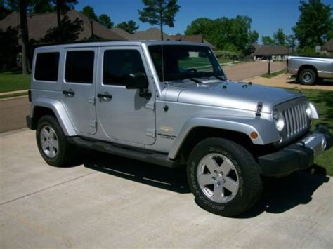 suzuki jeep 4 door buy used 2011 jeep wrangler unlimited sahara sport utility