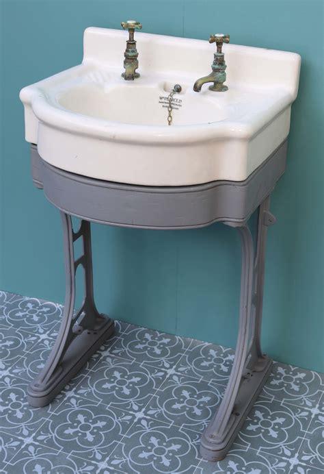 antique wash basin  sink  cast iron stand uk