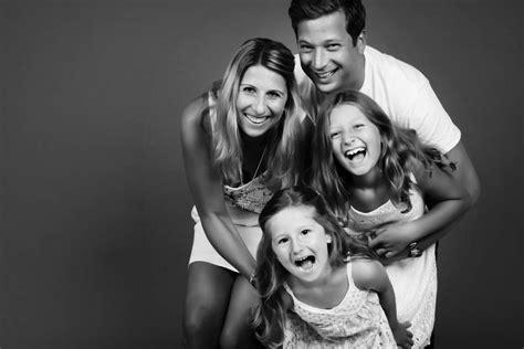 family portrait photographer zzzone photography studio