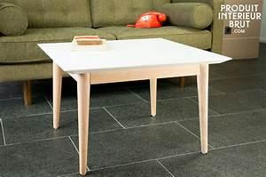 Table Basse Nordique : table basse fjord carr e meuble nordique r alis e tout en bois avec une ligne fifties tr s ~ Teatrodelosmanantiales.com Idées de Décoration