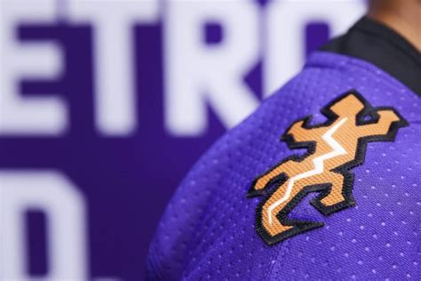arizona coyotes reveal purple reverse retro jersey alternates