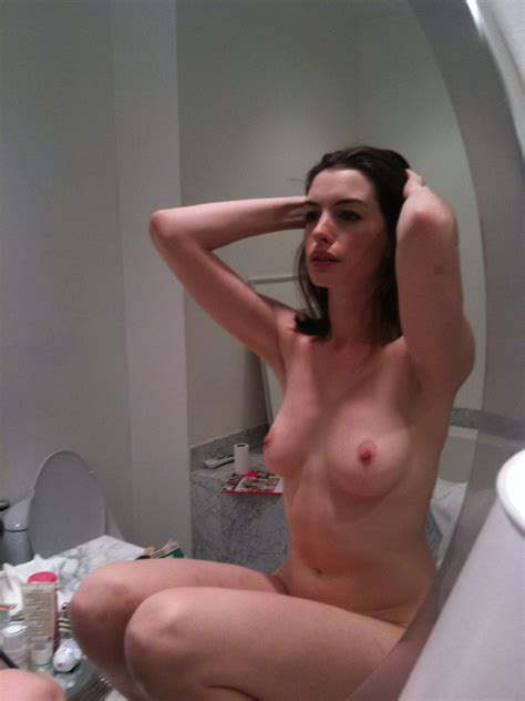 Anne Hathaway Nude Leaked Photos Scandal Planet
