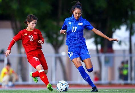 Trong số 5 đội ở bảng g, sự chuẩn bị của tuyển thái lan gặp nhiều trắc trở nhất như: Nữ Thái Lan 5-1 nữ Indonesia: Người Thái tiếp bước Việt Nam vào bán kết
