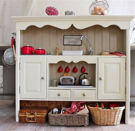 Vintage Kitchen Furniture by A 1940 S Retro Theme For Your Kitchen