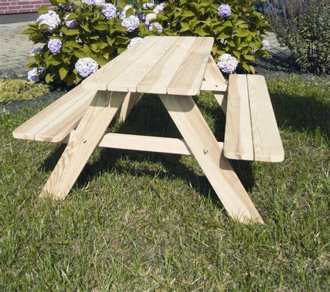 kindersitzbank mit tisch tisch mit bank garten gartenmobel holz tisch und bank scrapeo rundholzbank holzbank tisch