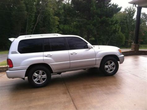 sporty lexus 4 door find used 2006 lexus lx470 base sport utility 4 door 4 7l