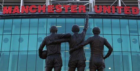 Login & Sign Up - Official Manchester United Website ...