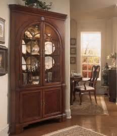 Pulaski Keepsakes Corner Curio Cabinet by Furniture Gt Dining Room Furniture Gt Cabinet Gt Dining Room