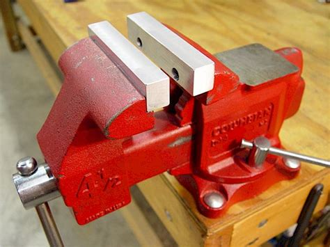 woodwork mounting  bench vise  plans
