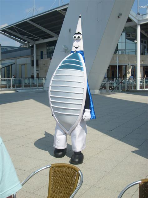 spinny  mascot  spinnaker tower