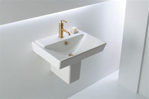 Seattle Bathroom Fixtures by Fancy Bathroom Fixtures That Fit A Tight Space The