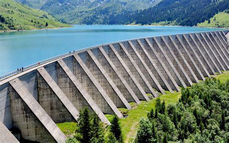 la maison des sciences et barrages quels sont leurs avantages et leurs inconvénients