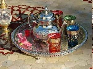 Service De Table Pas Cher : visuel service de table marocain pas cher vaisselle maison ~ Teatrodelosmanantiales.com Idées de Décoration