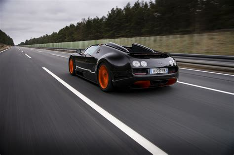 The bugatti veyron grand sport vitesse is a special edition variant of the grand sport model. Bugatti Veyron Grand Sport Vitesse sets world record for ...