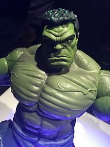 "Toy Fair 2017: Marvel Legends 12"" Hulk Thor & Deadpool ..."
