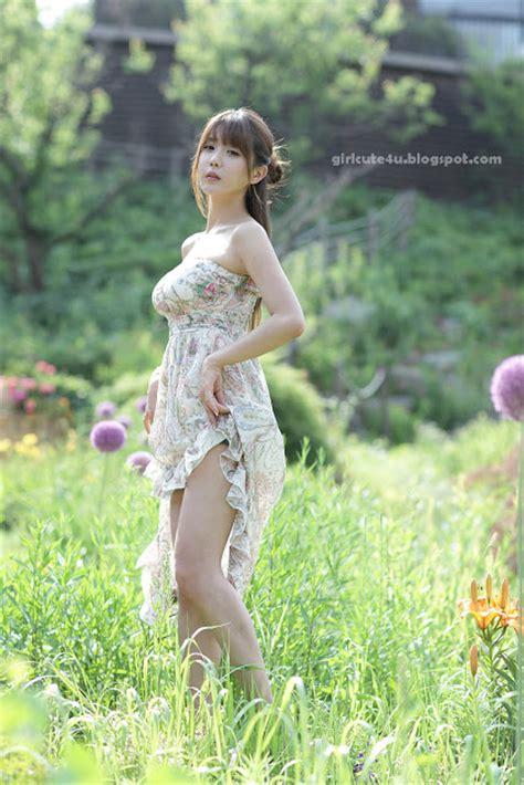 Xxx Nude Girls Heo Yun Mi Outdoors In A Strapless Dress