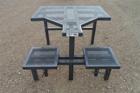 atv utv driver  ramp gate shooting table  benches