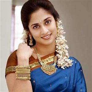 Profile and Biography of Tamil Actress Shalini Ajith Kumar   Age