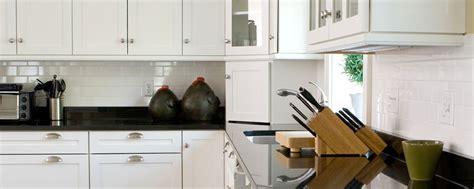 comptoir cuisine corian comptoirs cuisiversions cuisines et salles de bain