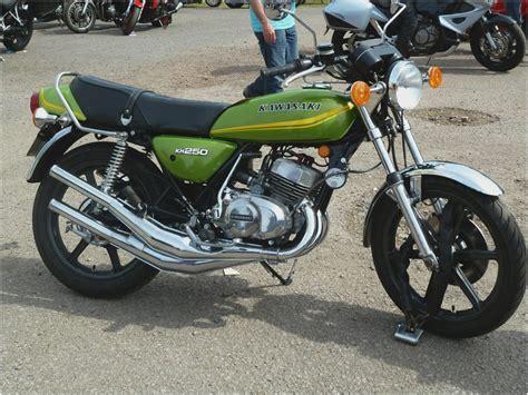 Kh Kawasaki by Kawasaki Kh 250 Review New Motorcycles New Zealand